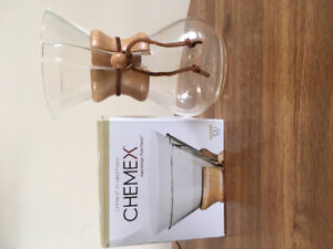 Chemex coffee pot and filters