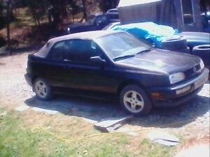 2 Volkswagen 1999 décapotable manuel  pour 1000$