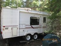 Jayco 5th wheel, includes hitch, 23 long.