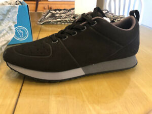 Brand New Men's Size 10 Native Sneakers Cornell