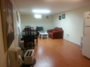 ROOM FOR RENT FINCH AND DONMILLS