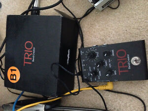 Digitech Trio with power supply and box (also has EU adapter)