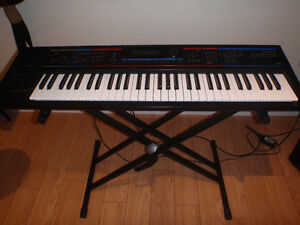 Clavier synthétiseur Roland Juno DI
