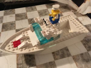 Old LEGO boat and man