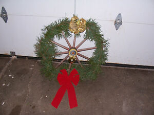 Wagon Wheel Style Christmas Wreath 27 Inches across Decorated Wi