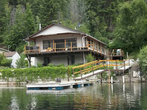 Adams Lake Waterfront Vacation Suite Rental