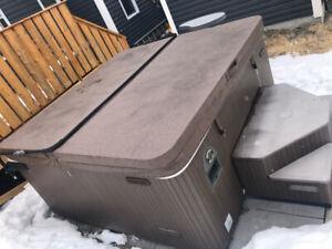 Beachcomber Hybrid hot tub
