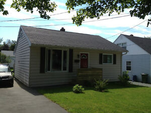 Quaint 2 Bedroom Dartmouth Home For Rent