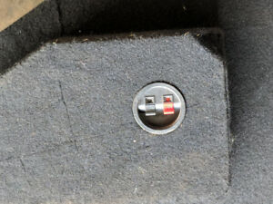 Truck speaker box