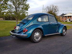 1972 Volkswagon Super Beetle - Ready for Summer!