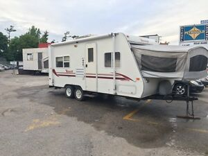 2000 terry hybrid ultra lite 21ft  clean sleeps 10 fully loaded