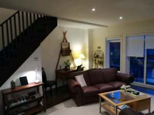 Collingwood Blue Mountain Vacation Rental Chalet / Townhouse