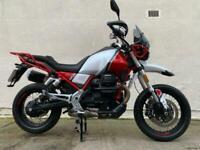 Moto Guzzi V85 TT Premium - Heated grips - crash bars - centre stand