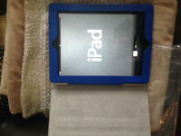 Apple iPad 2-16gb charger with case $270