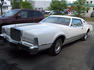 Lincoln Mark IV 1976