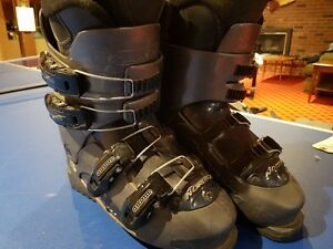 Ladies Nordica Ski Boots