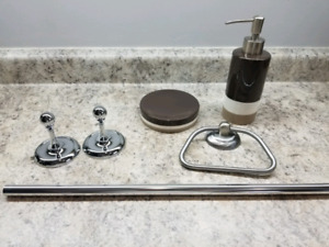 DKNY Bathroom Accessories