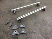 Suzuki Swift Aluminium Roof Bars includes key.