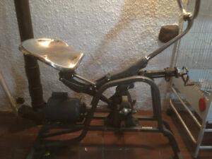 Vélo antique d'exercice