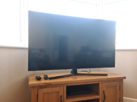 "Samsung Crystal UHD TV - 55"""