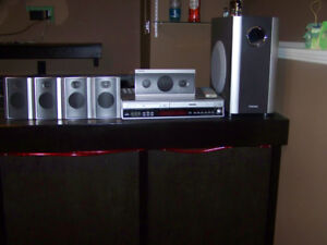 Toshiba Home Theater System DVD/VCR