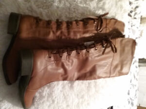 Tall womans lace back ....BOOTs....New....size 8