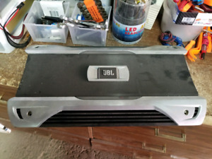 Ampli JBL GTO140001 1500watts Rms val 2000$