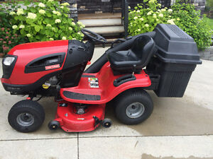 "22 HP Craftsman lawn tractor with 42"" mower with bagger"