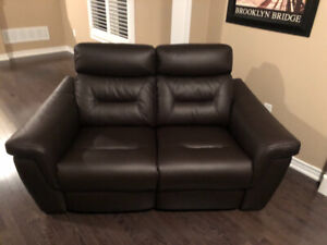 New!!!!!! High quality leather couches with warranty!!!