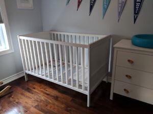Ikea Sundvik Crib - white