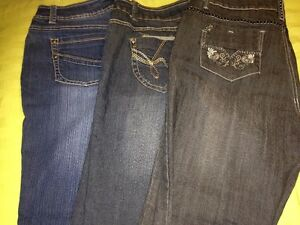 big lot of size 14 jeans  (some brand name like silver & tommy)