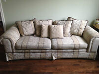 Great Big Comfy Couch in Amazing Condition