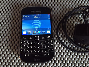 Blackberry Bold 9900 Factory Unlocked Excellent Condition