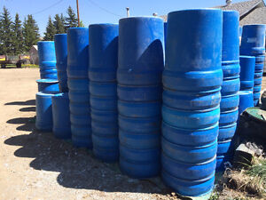 look rain barrelgarbage cans min of 2 barrels 25 50 - Home Decor Edmonton