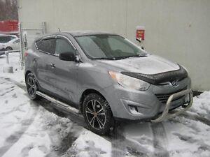Hyundai Tucson FWD 4dr I4 2011