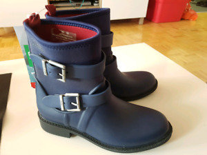 New couger women rain boots size 8