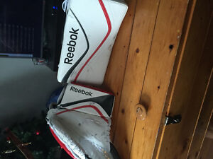 Reebok youth blocker and trapper