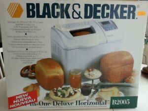 Breadmaker, all in one, deluxe horizontal by Black & Decker