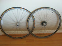 Mavic 700mm road bike rim set