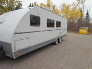 2006 HOBI (KEYSTONE) 26FT TOY HAULER(MINI)