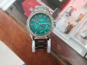 **SPARKLES** Fossil ES3766 Riley Multi-Function Ladies Watch