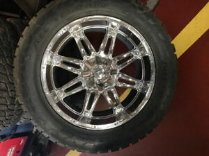 22 inch chrome rims and tire for Hummer H2