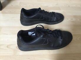 Nike Court Royale - UK 9.5