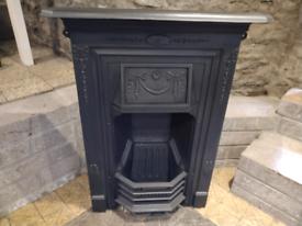 Cast iron Edwardian / Victorian fireplace