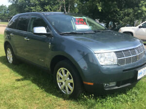 2010 Fully Loaded Linclon MKX AWD - Priced to sell!!