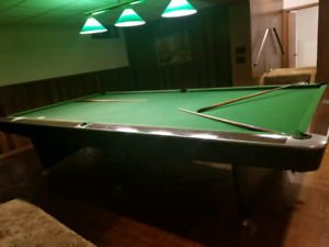 Snooker table for free free free