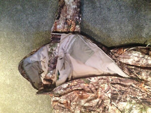 Cabela's Silent Suede Insulated Coveralls Stratford Kitchener Area image 8