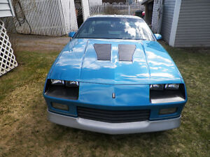 1985 Z28 Camaro T-TOP Numbers Matching 305 4V, 700 R Trans.