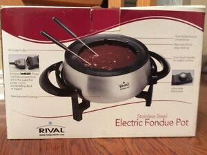 Rival Electronic Stainless steel Fondue Pot (New in box)
