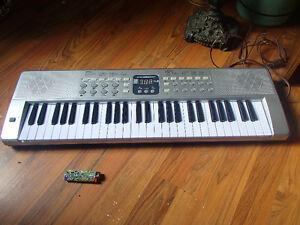 Jones keyboard- missing battery cover